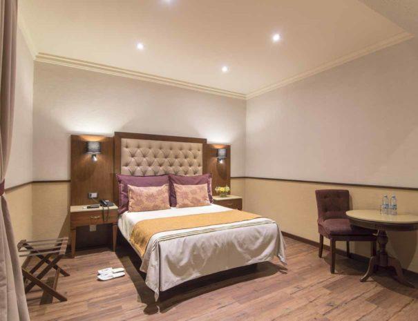 hotel-morales-guadalajara-room